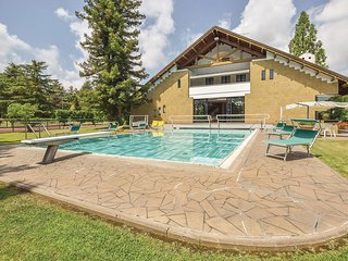 5 bedroom Villa in Sermugnano, Latium, Italy : ref 5673628