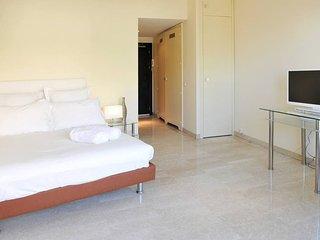 Modern Monte-Carlo Apartment