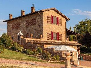 5 bedroom Villa in Foiano della Chiana, Tuscany, Italy : ref 5397947