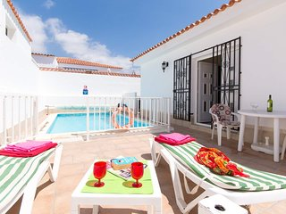 Lovely 3 Bedroom Villa. Private Gated Heated Pool. Central Location. |JES8756402