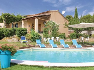 4 bedroom Villa in Goult, Provence-Alpes-Côte d'Azur, France : ref 5671403
