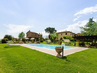 2 bedroom Apartment in Sant'Anastasio, Tuscany, Italy - 5239682