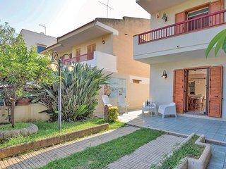 3 bedroom Villa in Marina di Ragusa, Sicily, Italy : ref 5673633