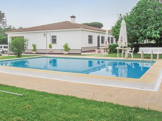 4 bedroom Villa in Chiclana de la Frontera, Andalusia, Spain : ref 5673157