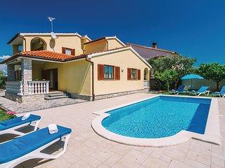 7 bedroom Villa in Valbandon, Istria, Croatia : ref 5520106