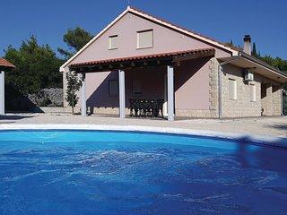 3 bedroom Villa in Potege, Sibensko-Kninska Zupanija, Croatia : ref 5585743