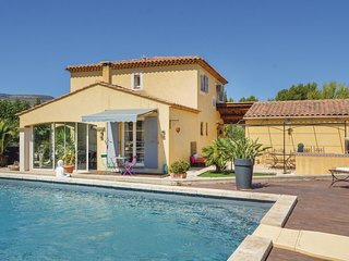 4 bedroom Villa in Roquevaire, Provence-Alpes-Cote d'Azur, France : ref 5669722