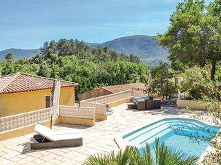 3 bedroom Villa in Meounes-les-Montrieux, Provence-Alpes-Cote d'Azur, France : r