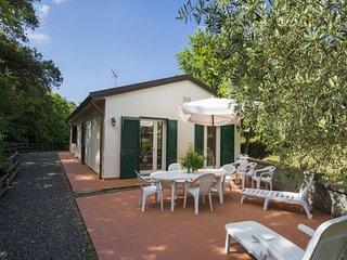 3 bedroom Villa in Cafaggio, Tuscany, Italy : ref 5553991