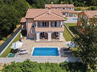 4 bedroom Villa in Paganor, , Croatia : ref 5673340