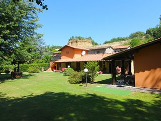 4 bedroom Villa in Piantravigne, Tuscany, Italy : ref 5402624