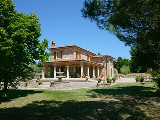 3 bedroom Villa in Campoleone, Tuscany, Italy : ref 5239835