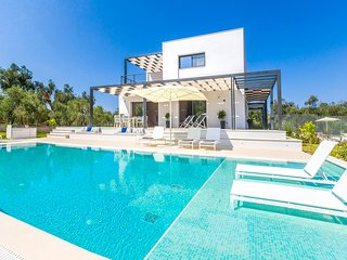 3 bedroom Villa in Agios Mathaios, Ionian Islands, Greece : ref 5388294
