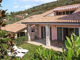 2 bedroom Apartment in Torri del Benaco, Veneto, Italy : ref 5438839
