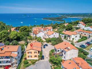 4 bedroom Villa in Vrsar, Istria, Croatia : ref 5520062