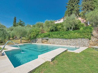 4 bedroom Villa in La Vergine, Tuscany, Italy - 5540469