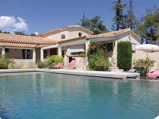 3 bedroom Villa in Rochefort-du-Gard, Occitania, France : ref 5670128
