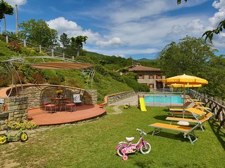 2 bedroom Apartment in Calcinaia, Tuscany, Italy : ref 5239708