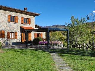 5 bedroom Villa in Calcinaia, Tuscany, Italy : ref 5240501