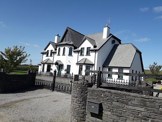 Countryside Paradise , 430 sqm, 4.5km to Kinsale