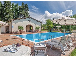 3 bedroom Villa in Lano, Tuscany, Italy : ref 5673525
