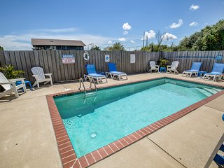 A Latitude Attitude | 1105 ft from the beach | Dog Friendly, Private Pool, Hot T