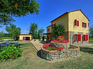 Poderi Rancoli Villa Sleeps 12 with Pool - 5242113