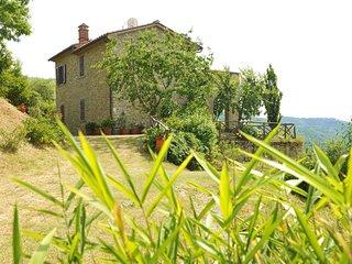 2 bedroom Villa in Camucia-Monsigliolo, Tuscany, Italy : ref 5240476