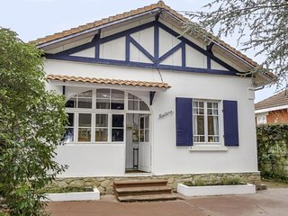 6 bedroom Villa in Les Abatilles, Nouvelle-Aquitaine, France - 5625362