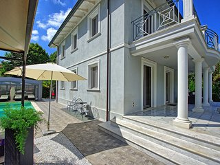 4 bedroom Villa in Camaiore, Tuscany, Italy : ref 5242091