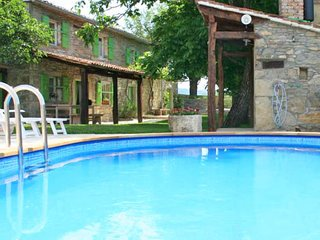3 bedroom Apartment in Fontana, Istria, Croatia : ref 5625558
