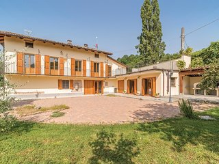 7 bedroom Villa in Case Giolito, Piedmont, Italy : ref 5673498