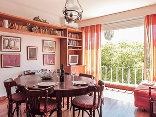 RENT4REST ESTORIL BEACHFRONT 1 BEDROOM APARTMENT