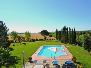 5 bedroom Villa in Manzano, Tuscany, Italy : ref 5239836