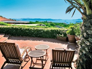 COTTAGE DOLCEVITA-4BR w/Pool and Seaview Terrace