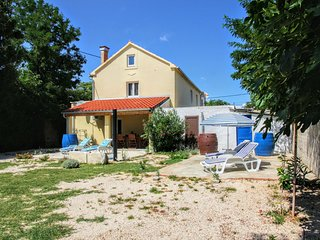 4 bedroom Apartment in Glavan, Zadarska Županija, Croatia : ref 5546924