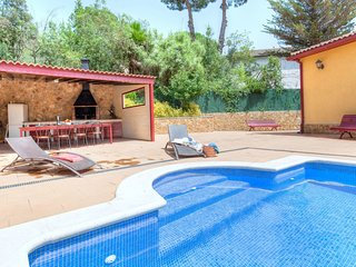 5 bedroom Villa in Santa Ceclina, Catalonia, Spain - 5557861