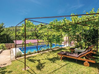 4 bedroom Villa in Mali Dol, Primorsko-Goranska Županija, Croatia : ref 5673059