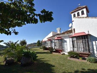 Villa with 6 bedrooms in Nerja
