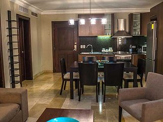 The Royal Suites - Two Bedroom Beautiful