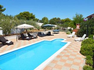 6 bedroom Villa in Milna, Splitsko-Dalmatinska Županija, Croatia : ref 5558015