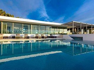 7 bedroom Villa in Playa de Talamanca, Balearic Islands, Spain : ref 5669398