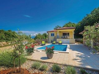 3 bedroom Villa in Omisalj, Primorsko-Goranska Zupanija, Croatia : ref 5672905