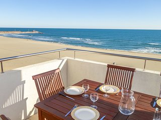 2 bedroom Apartment in Canet-Plage, Occitania, France : ref 5668576