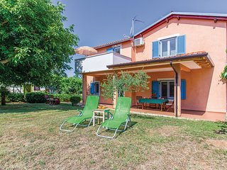2 bedroom Villa in Banjole, Istarska Županija, Croatia - 5637072
