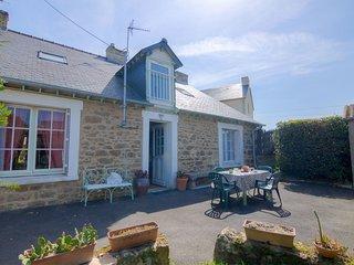 4 bedroom Villa in Saint-Ideuc, Brittany, France : ref 5559591