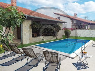 2 bedroom Villa in Filipini, , Croatia : ref 5620492