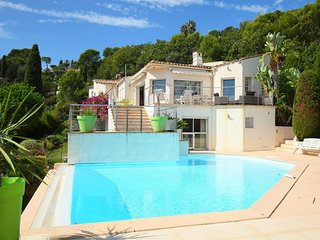 4 bedroom Villa in Vallauris, Provence-Alpes-Cote d'Azur, France : ref 5667433