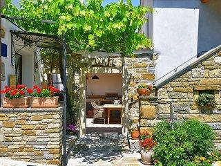 3 bedroom Apartment in Pazin, Istria, Croatia : ref 5622879