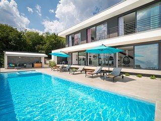 4 bedroom Villa in Jušići, Primorsko-Goranska Županija, Croatia : ref 5635381